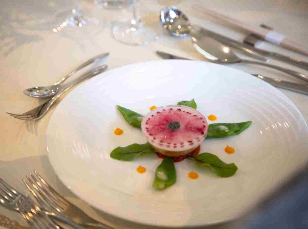 オンライン結婚式での料理