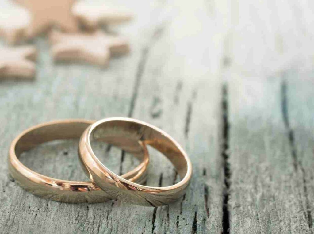 結婚指輪の選び方はブライダルリングとファッションリングの違いを知るところから