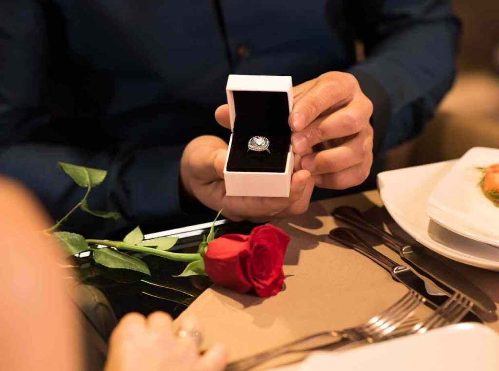 プロポーズするならプロに相談できる「プロポーズマルシェ」がおすすめ